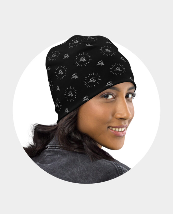 all over black shoe pattern beanie woman